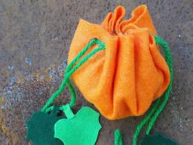 怎么做万圣节南瓜糖果袋的布艺手工教程