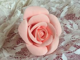 怎么做粘土玫瑰花的详细过程步骤图