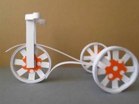 怎么用胶带筒作三轮车模型的制作方法教程