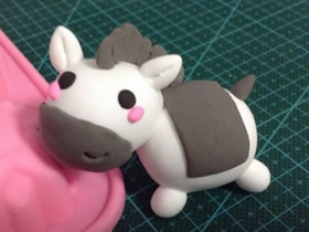 怎么做超轻粘土小马的手工制作方法图解