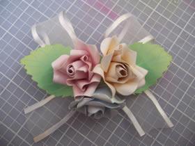 怎么做纸玫瑰花胸花的制作方法图解教程