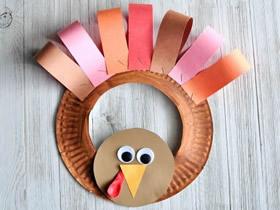 怎么用纸盘做火鸡花环装饰的制作方法教程