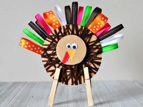 怎么用毛线和缎带做感恩节火鸡的制作方法