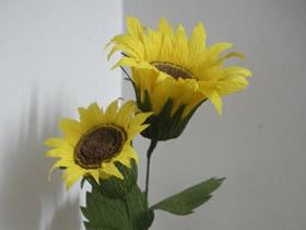 皱纹纸手工制作向日葵的方法