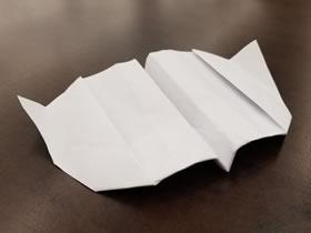 能飞回来的纸飞机折法图解