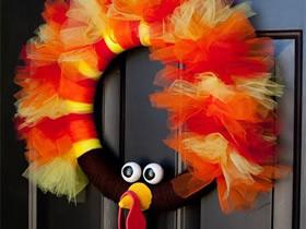 怎么做感恩节火鸡花环的手工制作方法