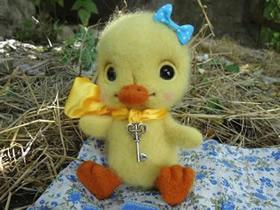 可爱羊毛毡小鸭子的制作教程