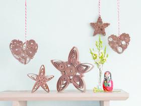 瓦楞纸板制作衍纸雪花和爱心挂饰的方法