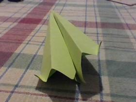 简单快速的纸飞机折法图解