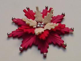 用衍纸梳做衍纸花的方法图解