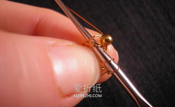 华丽的金属丝串珠耳坠制作方法- www.aizhezhi.com