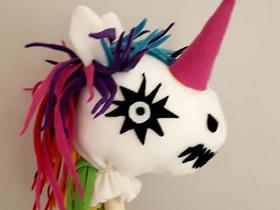 无需手缝的万圣节骷髅马玩具制作教程