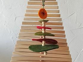 不织布制作圣诞树挂饰的方法