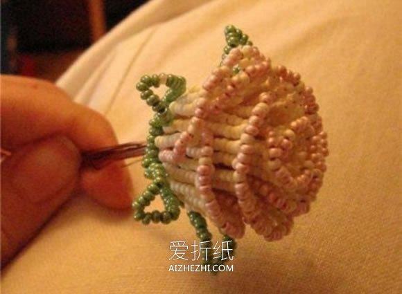 串珠玫瑰花的制作方法图解- www.aizhezhi.com