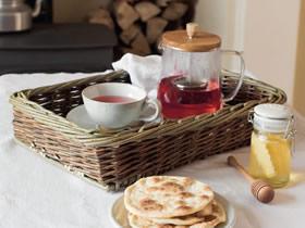 用柳条编织早餐托盘的方法