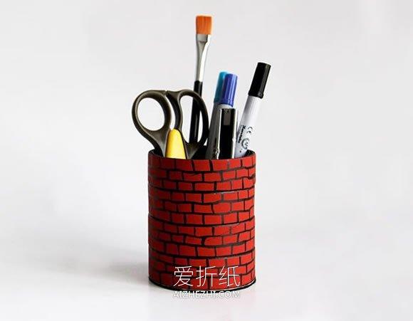 用胶带卷做笔筒的教程- www.aizhezhi.com