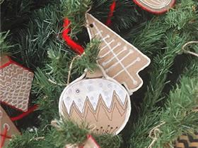 硬纸板手工制作圣诞挂饰的方法