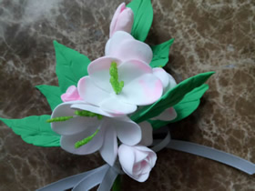 粘土胸花的制作步骤图解