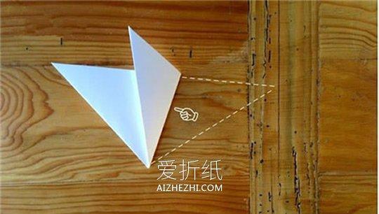 剪纸制作冬季雪花挂饰的方法- www.aizhezhi.com