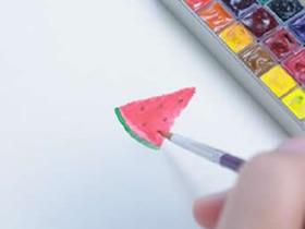 简单用海绵画西瓜的方法