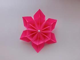 [视频]简单的折纸六瓣花教程