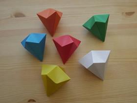 [视频]简单立体钻石的折法