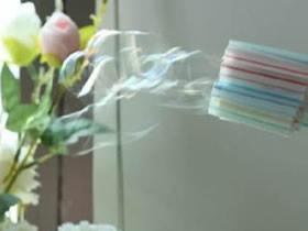 用吸管制作多孔吹泡泡机的方法