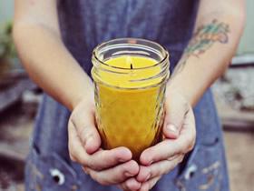 用罐头瓶做漂亮烛台的方法