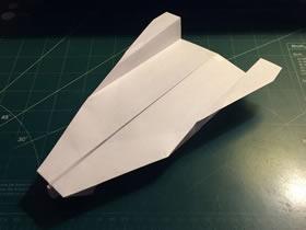 快速、长距离纸飞机的折纸方法图解