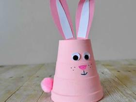 用泡沫杯做粉红兔子的方法