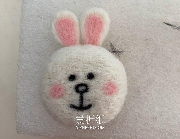 羊毛毡兔子的制作步骤图解- www.aizhezhi.com