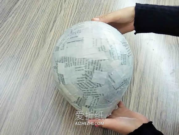 旧光盘废物利用做闪亮灯罩的方法- www.aizhezhi.com