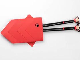 可爱鲤鱼筷子套的折法图解