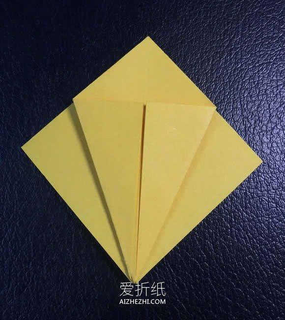 简单四瓣花的折纸图解教程- www.aizhezhi.com