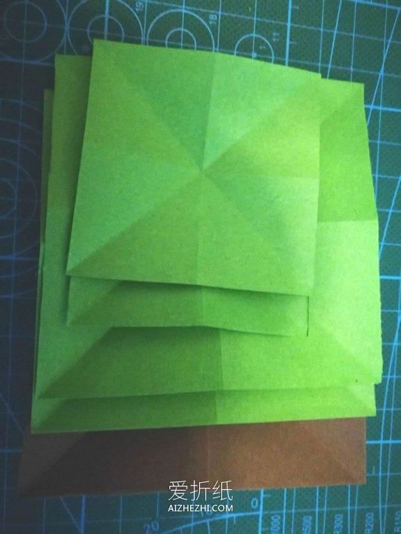 简单平面圣诞树的折法图解- www.aizhezhi.com