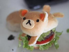 用面包做小熊汉堡的方法