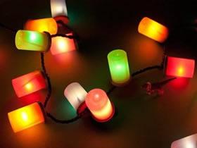 怎么用胶卷筒改造灯带的教程