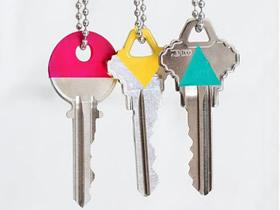 怎么用指甲油改造钥匙的方法