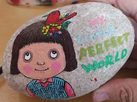 怎么做人物石头画的详细图解步骤