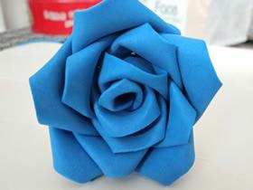 怎么用泡沫纸做玫瑰花的方法图解