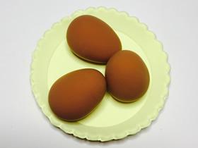 怎么用粘土做一盘鸡蛋的方法图解