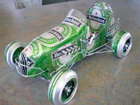 怎么用易拉罐做老式汽车模型的作品图片