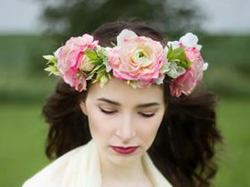怎么用鲜花做新娘伴娘花环头饰的方法教程