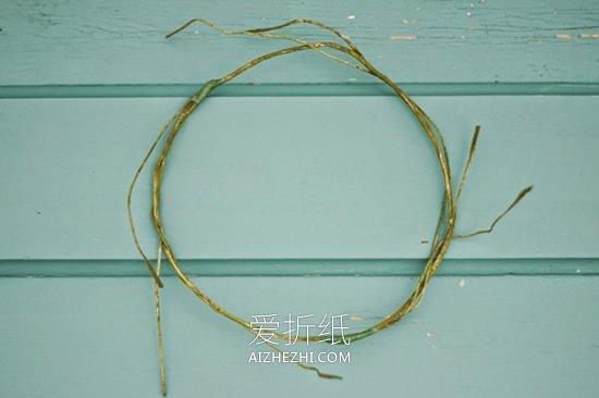 怎么用鲜花做新娘伴娘花环头饰的方法教程- www.aizhezhi.com
