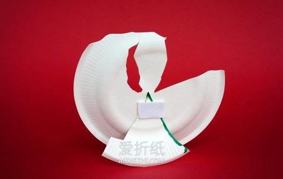 怎么用纸盘做跳孔雀舞的少女的方法图解- www.aizhezhi.com