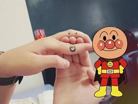 怎么在手指上画出面包超人的方法图解