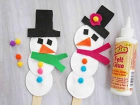 怎么用化妆棉做可爱雪人的方法图解