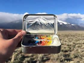 怎么用润喉糖铁盒做油画世界的作品图片