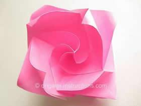 怎么折纸卷心玫瑰花的折法图解