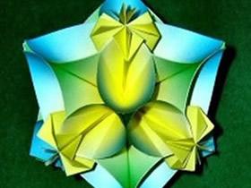 怎么折纸四瓣花球的折法图解